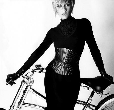 czern-rower-kobieta